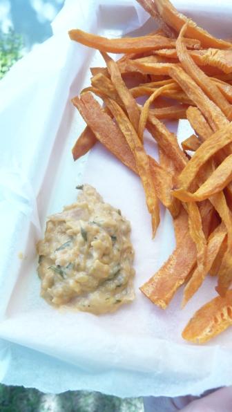 frites de patates douces et sauce béarnaise